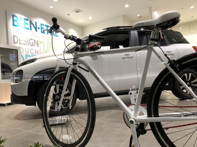 RIDER THE CITROËNIST 展示中!